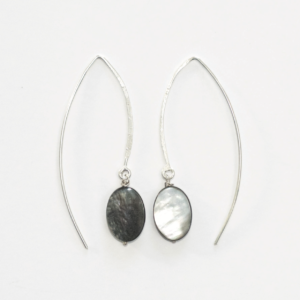 Earrings VICTORIA Oval Mother-of-Pearl